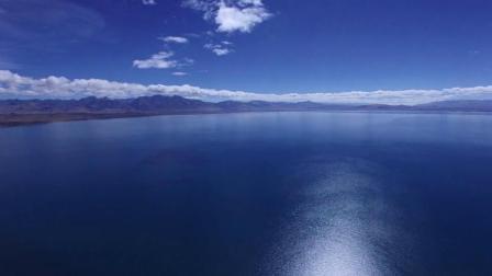 西藏玛旁雍措--西藏三大圣湖之一,是佛教苯教印度教的圣湖