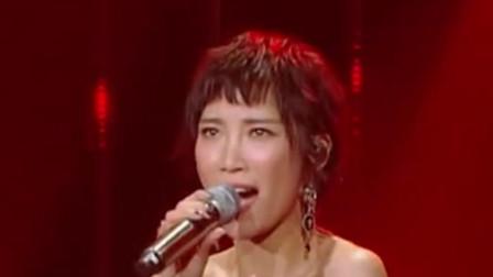 歌手2018:苏诗丁携手《再见萤火虫》,强势踢馆歌手现场