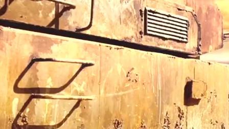囚犯被监狱长派到战场 让他们驾驶坦克去打仗 不管去不去都是死么。