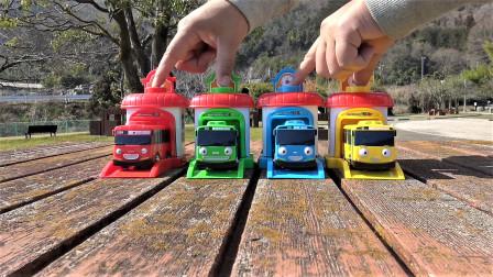 托马斯小火车和泰路小巴士公园出行游玩
