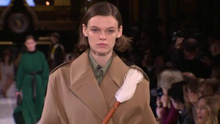 Stella McCartney F/W 2019 Fashion Show