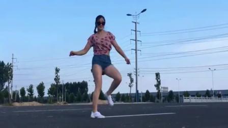 鬼步舞《DJ高速公路》青青世界广场舞