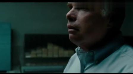 好莱坞高智商的罪片,劫匪冒充抢劫金库,还能全身而退《城中大盗》