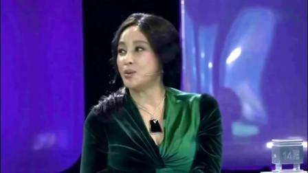 62岁刘晓庆整容失败,脸部塌陷变形,真实照片曝光太吓人