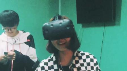 天津室内设计培训【诚筑说】戴上VR一起搞事情