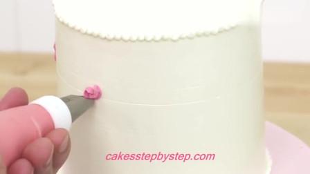 生活小技巧:超美的玫瑰花瓣蛋糕,这裱花技术真是赞