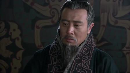 新三国:阿斗长大了却扶不起来,背书背不下去,被刘备打手板