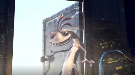 《怪兽电力公司》怪兽晚上去恐吓小孩,尖叫声可以发电