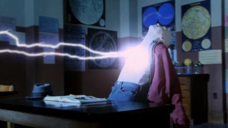 4分钟看完《闪电奇迹》,一个掌握雷电的孩子,还能读懂你的心