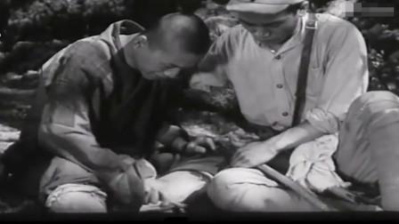经典老电影《古刹钟声》特务汉奸残忍害了全寺和尚,毒哑小和尚