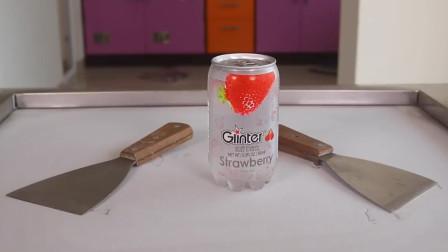 不花一分钱,教你做草莓汽水炒冰淇淋,冰爽解暑,快馋死我了
