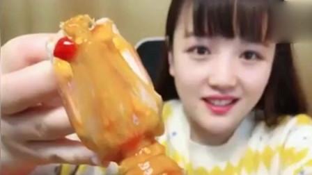 不愧是海鲜大姐!吃个皮皮虾个头都这么大!肉质鲜美太馋人了!网友:海鲜大姐厉害