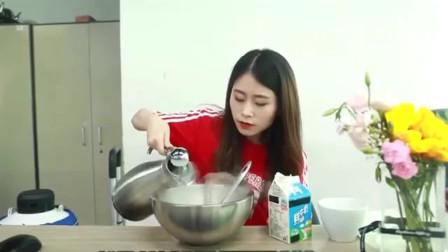 办公室小野:小野在办公室自制冰淇淋,各种造型,看着就想吃!