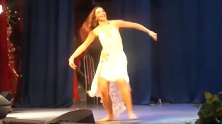 肚皮舞:美女热情的舞蹈,飘逸的裙摆,都令人沉醉