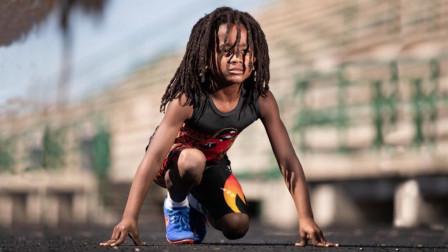 """美国7岁男孩被称""""火箭侠"""",百米仅用时13.48米,梦想超越博尔特!"""