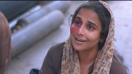 年轻的母亲为了救自己孩子,不惜和坏人搏斗,最终带孩子逃离苦海