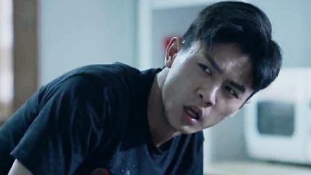 《疯人院》04 张霞被逼跳楼自杀 李乔发病晕倒