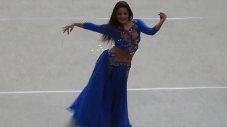 肚皮舞:丰满美女带来肚皮舞,一种极好的视觉享受!