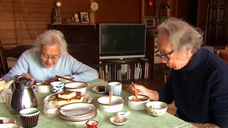 人生果实:日本耄耋夫妇亲手挖出土豆与竹笋,煮成一锅美味