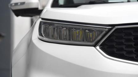 福特的这款车上市就让市场震动,不到11万,还买啥小型SUV?