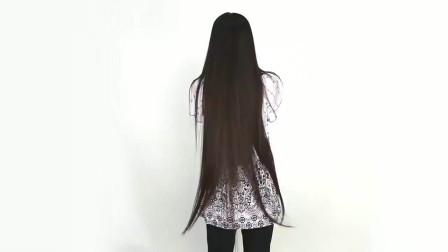 时尚发型:日本美女挑战自我,直接把漂亮的长发剃成光头