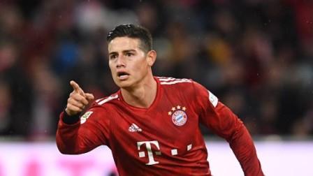 德甲-J罗戴帽莱万科曼破门 拜仁6-0美因茨登榜首