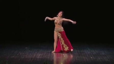 肚皮舞:看肚皮舞大师如何演绎唯美肚皮舞,跳的真不错,太棒了!