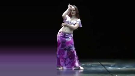 肚皮舞:不愧是大师级的肚皮舞,人美舞美,美极了!