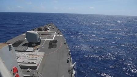 """美国海军实弹射击训练:"""" Milius (DDG 69)"""" 导弹驱逐舰"""