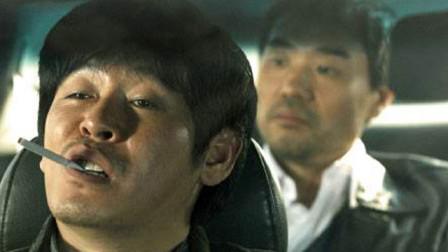 韩国罪电影推荐《人民公敌》,看如何下惊天大案?