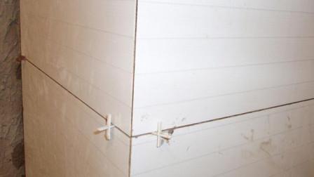 我们以前贴瓷砖碰角的做法都错了?装修师傅不一样的做法省时不止一半
