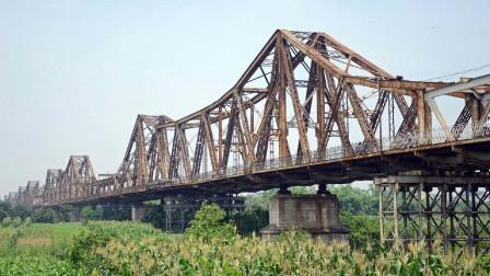 中国基建有多厉害?或美国的感受最深,万吨炸药也没炸毁这座桥