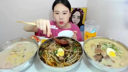 美食吃播:韩国大胃王卡妹吃面,这一大口,吃的太馋人了