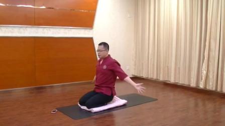 瑜伽力量体式之手臂绕圈 有效缓解各种肩颈疼痛