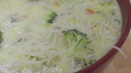 橄榄油食谱| 加入西班牙特级初榨橄榄油的西兰花浓汤