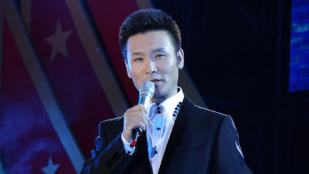 刘和刚演唱《爱到天尽头》,歌声极富感染力,流行唱法依然好听