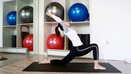 最简单的开骻瑜伽体式 简单一招减肥瘦胳膊 让你气质倍增