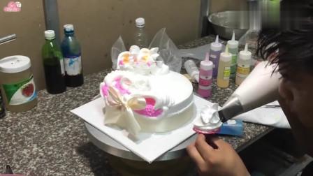 国外达人制作的创意裱花蛋糕,看着好美味啊