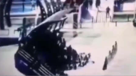 现场:伊拉克一渡轮倾覆百人遇难 一机构公布事故原因