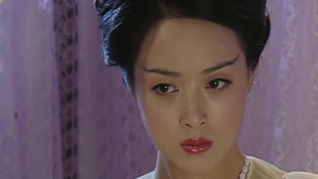 新聊斋志异:皇上正在欺负爱妃,但是爱妃一把推开他,身上有怪味