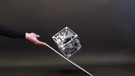 这一个机械方块,永远垂直地球,连太空中的卫星都用它!