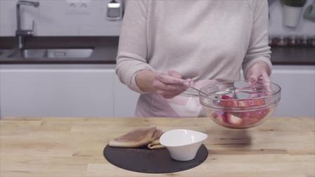 橄榄油食谱| 加入西班牙特级初榨橄榄油的草莓可丽饼