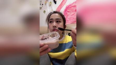 【一起吃饭吧】今天吃海苔麻薯蛋糕盒子