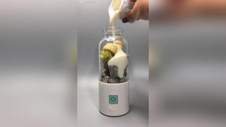 食材: 火龙果 猕猴桃 香蕉 酸奶 缓解便秘, 减肥排毒