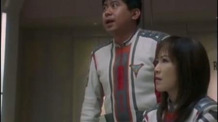 迪迦奥特曼:队长背着小姐下山,却从影子中发现她们是怪兽!
