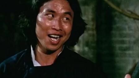 高分动作片:师弟出马,成龙,没事别拿着白扇子到处跑,会被官差抓的