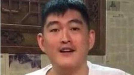 赵本山儿子跟着父亲2020微信有红包吗跳舞,表情动作超到位