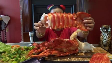 泰国大姐吃播,直接拽掉龙虾尾,这虾肉也太多了吧!