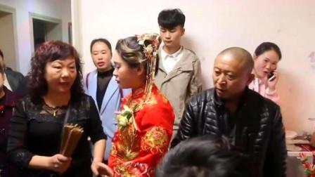 贵州农村结婚,新娘出门都要扔筷子,这是为什么呢?