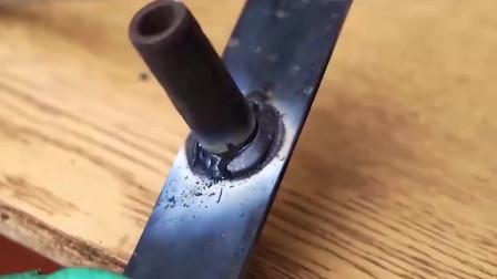 牛人发明制作的这种工具,许多老师傅用了都说好,太实用了!-